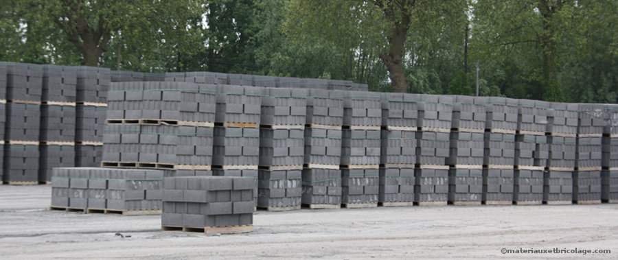 Stockage de blocs béton