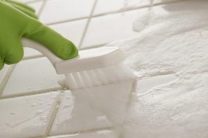 Nettoyage de joints de carrelage