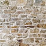 façade en pierre et joints