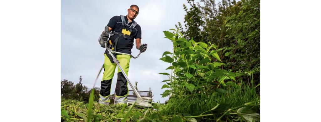 entretien du jardin : débroussailleuse